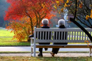 Den Ruhestand genießen können, das wünschen sich alle. Aber von der Rente alleine, das wissen auch alle, geht das nicht. Also planen Sie jetzt schon jetzt Ihren längsten Urlaub. Mit einer Rentenversicherung, einer geförderten Vorsorge wie Rürup oder einer Riester -Vorsorge Versicherung, sorgen Sie schon jetzt für den Ruhestand vor.